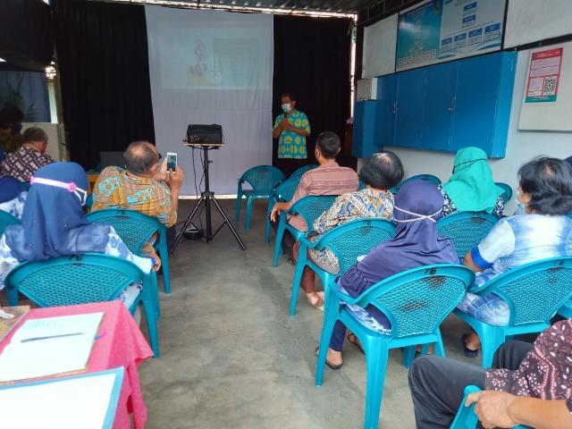 Pertemuan Kelompok Kerja di Kampung KB Mangunnegaran